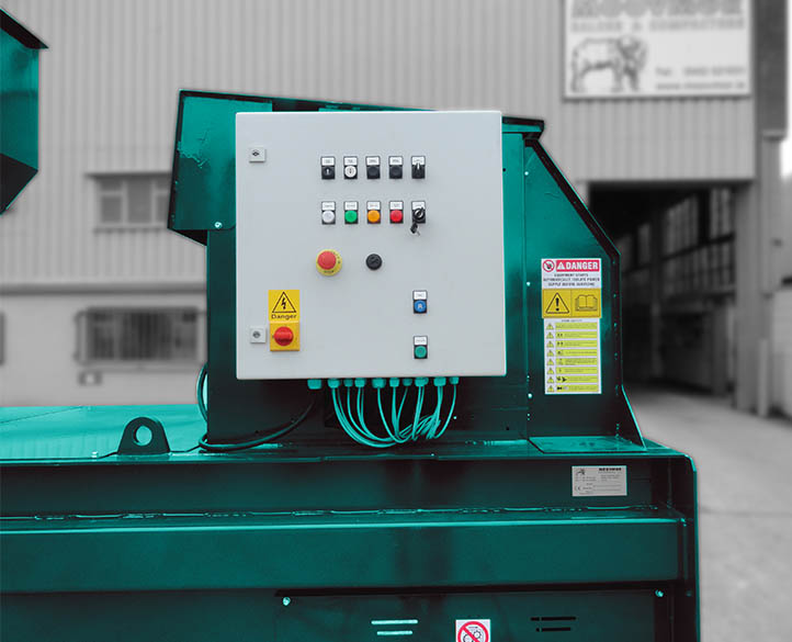 control panel on the HX500-38T horizontal waste baler